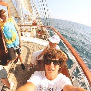 ragazzi-su-barca