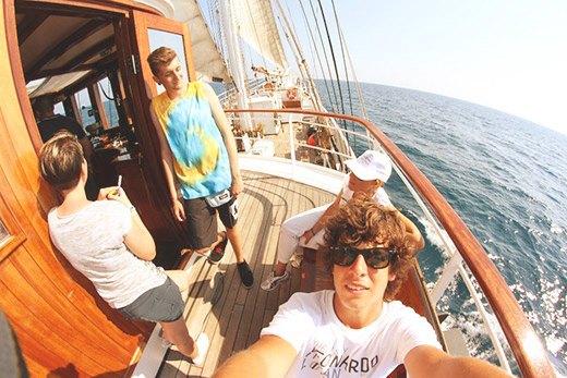 ragazzi-in-barca